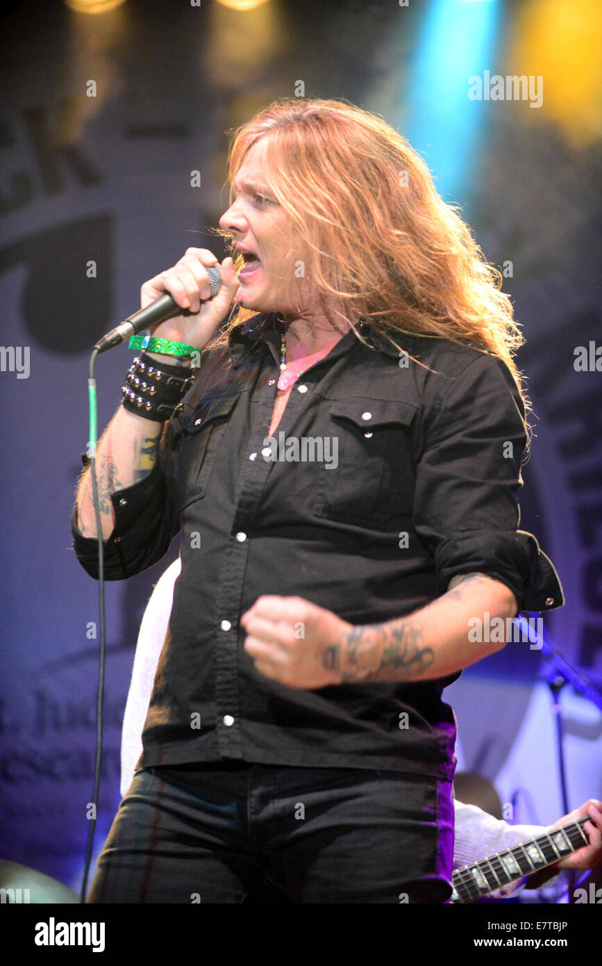 Sebastian Bach Skid Row High Resolution Stock Photography And Images Alamy