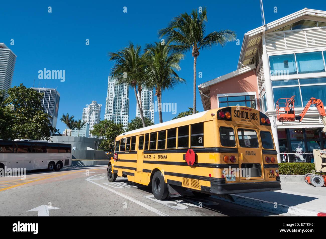 Yellow school bus in Miami, Florida, USA - Stock Image