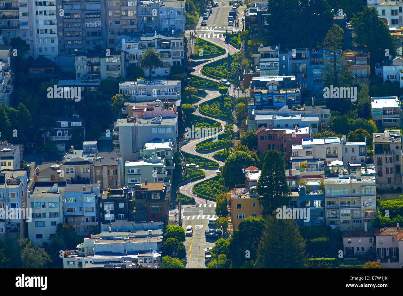 Lombard Street (claimed to be the world's crookedest street), Russian Hill neighborhood, San Francisco, California, - Stock Image