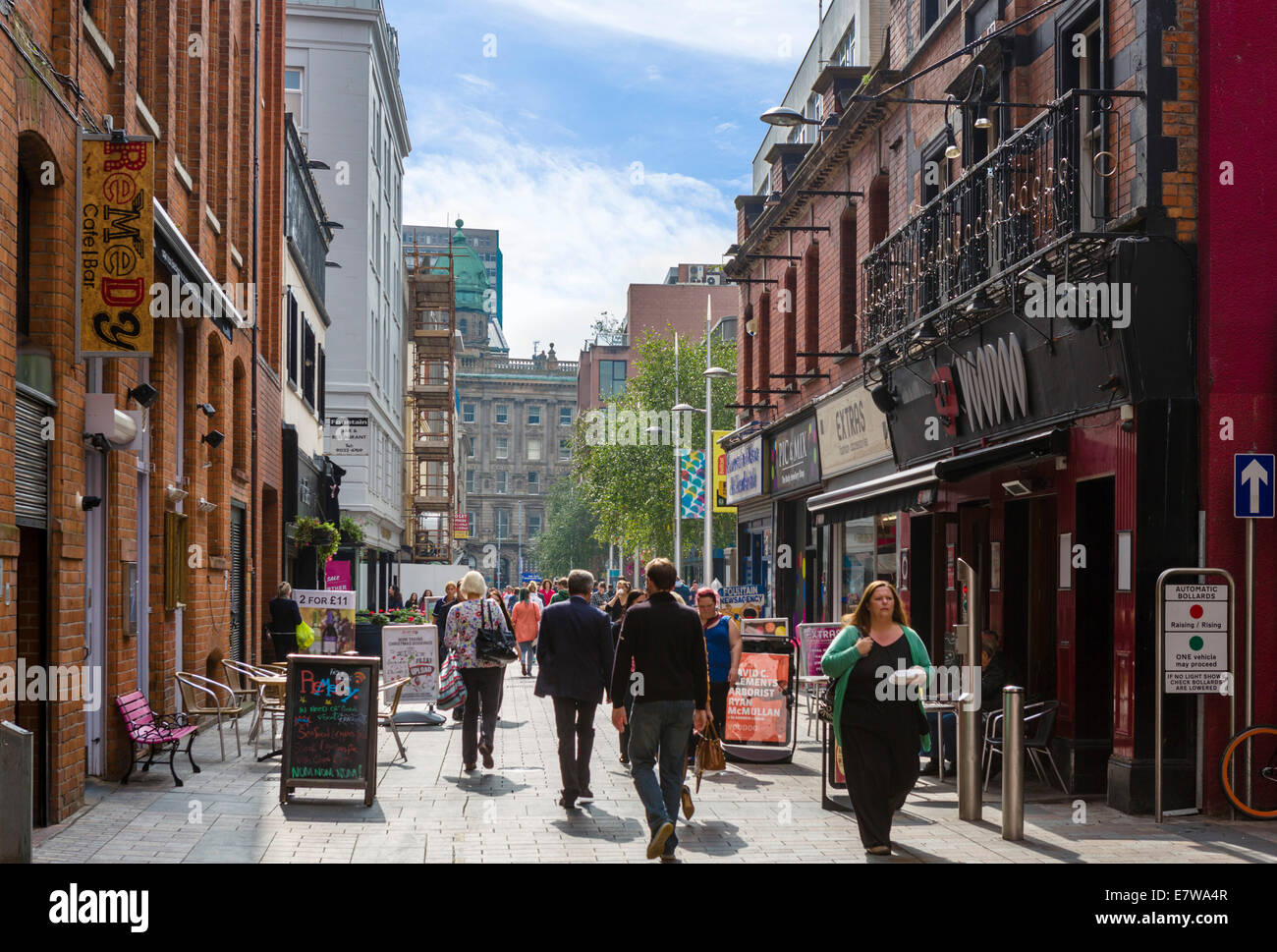 Shops and cafes in the city centre, Fountain Street, Belfast, Northern Ireland, UK - Stock Image