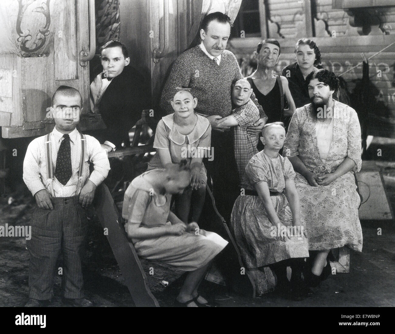 FREAKS 1932 MGM film directed by Tod Browning seen here (top) with some of  the cast