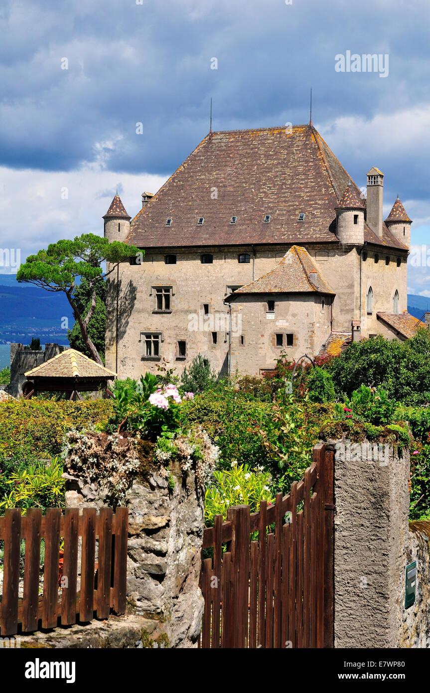 Yvoire Castle on Lake Geneva or Lac Leman, Yvoire, Rhone-Alpes, Haute-Savoie, France - Stock Image