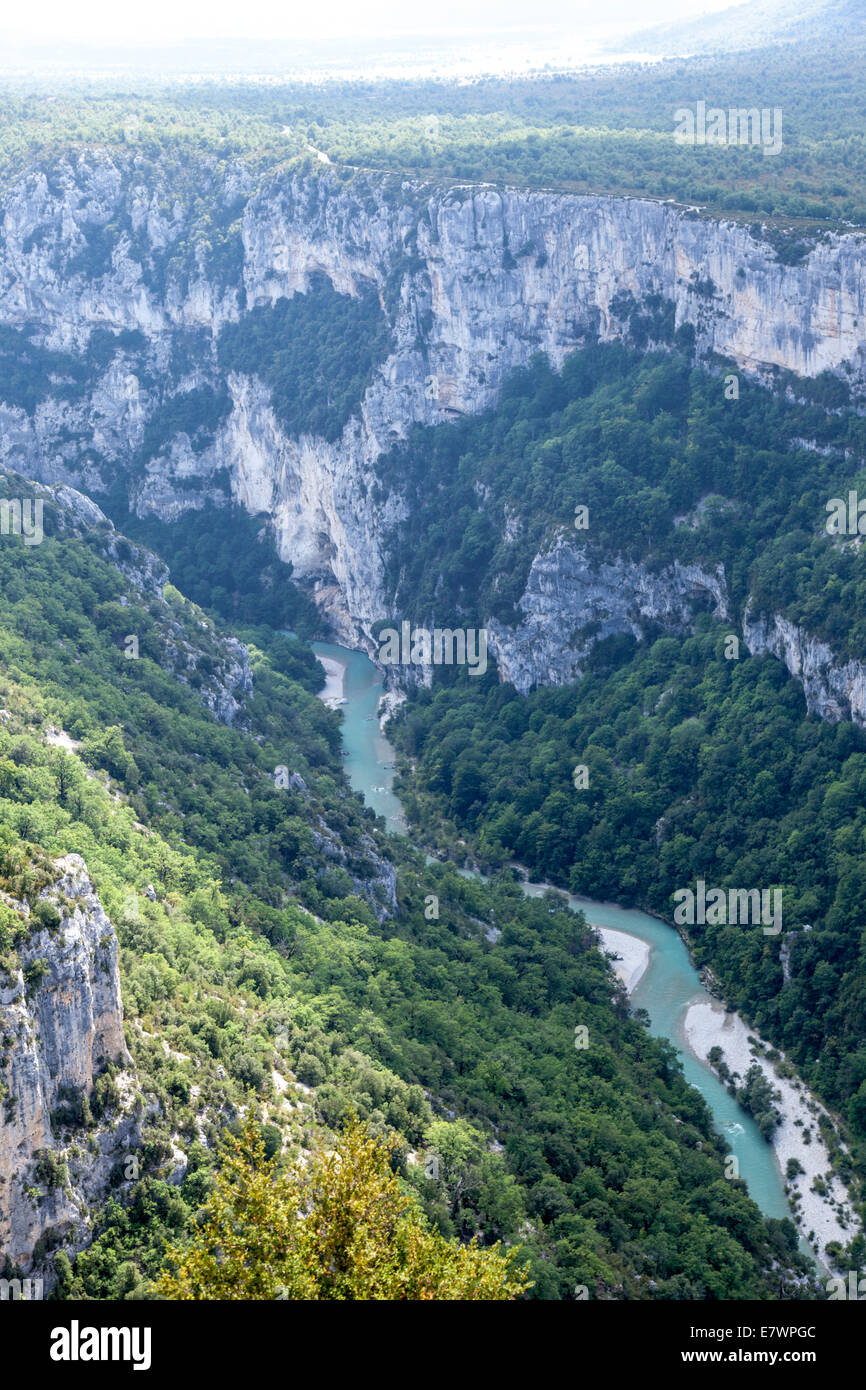 The gorges of the Verdon seen from the vantage points (14 panoramic viewpoints) of the crest road (Alpes de Haute - Stock Image