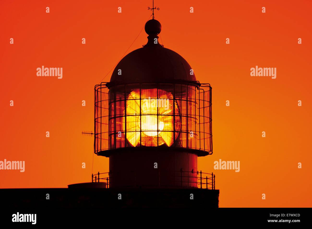 Portugal, Algarve: Sunset at the Lighthouse of Cape Saint Vincent Stock Photo