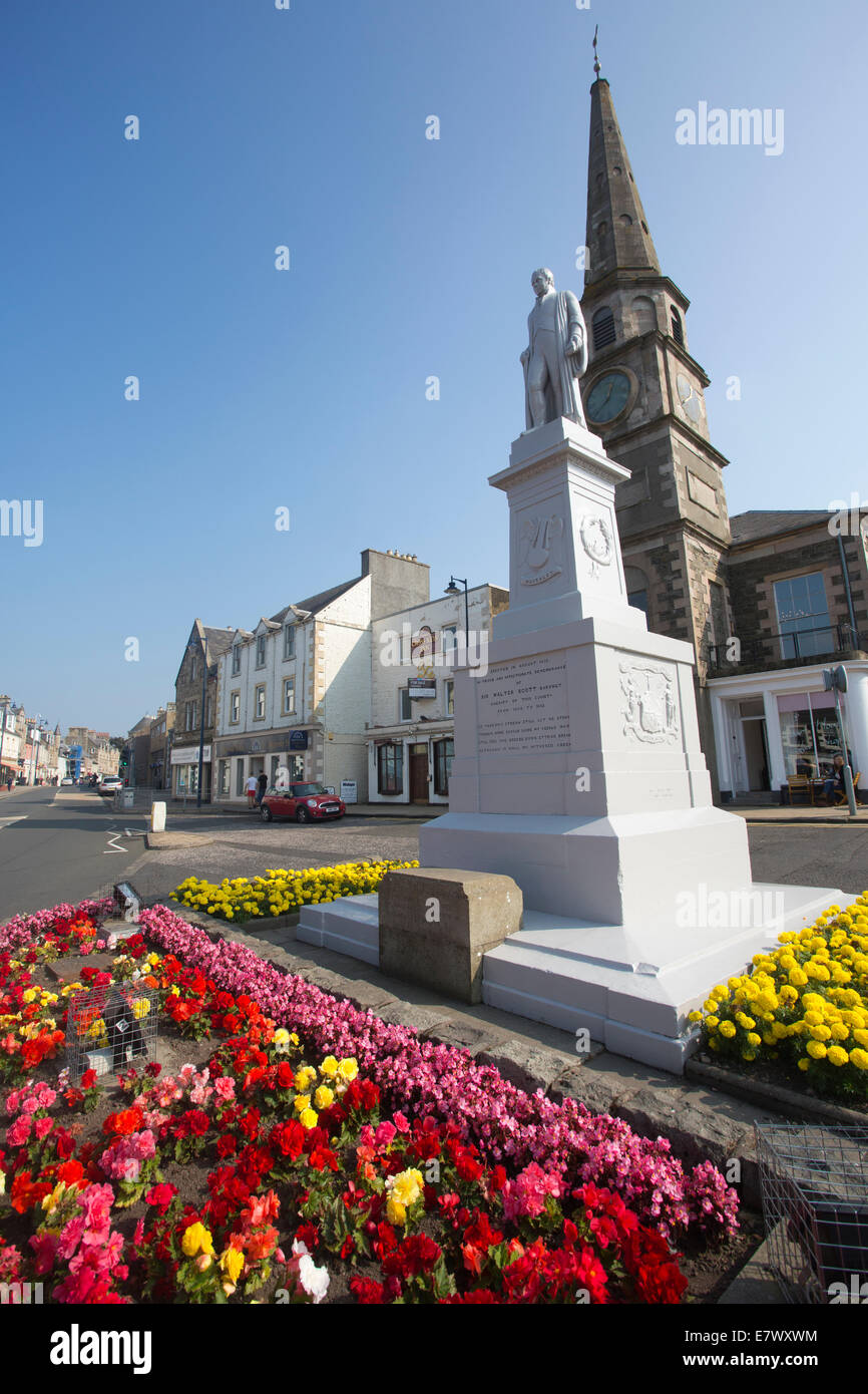 Statue of Sir Walter Scott, Selkirk, The Royal and Ancient Burgh of Selkirk, Scottish Borders, Scotland, UK - Stock Image