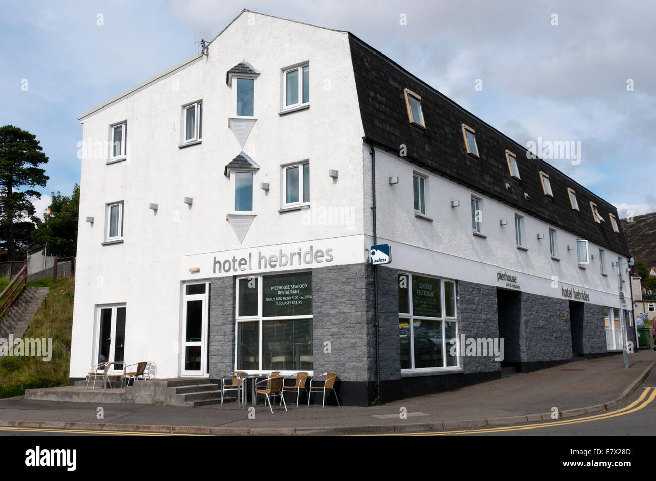 The Hotel Hebrides and Pierhead Seafood Restaurant in Tarbert on the Isle of Harris. - Stock Image