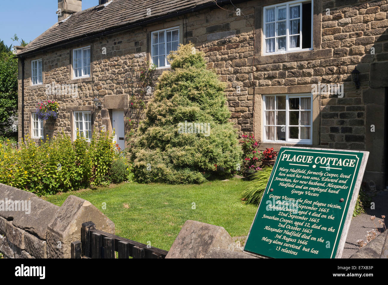 England Derbyshire, Eyam, Plague cottages - Stock Image