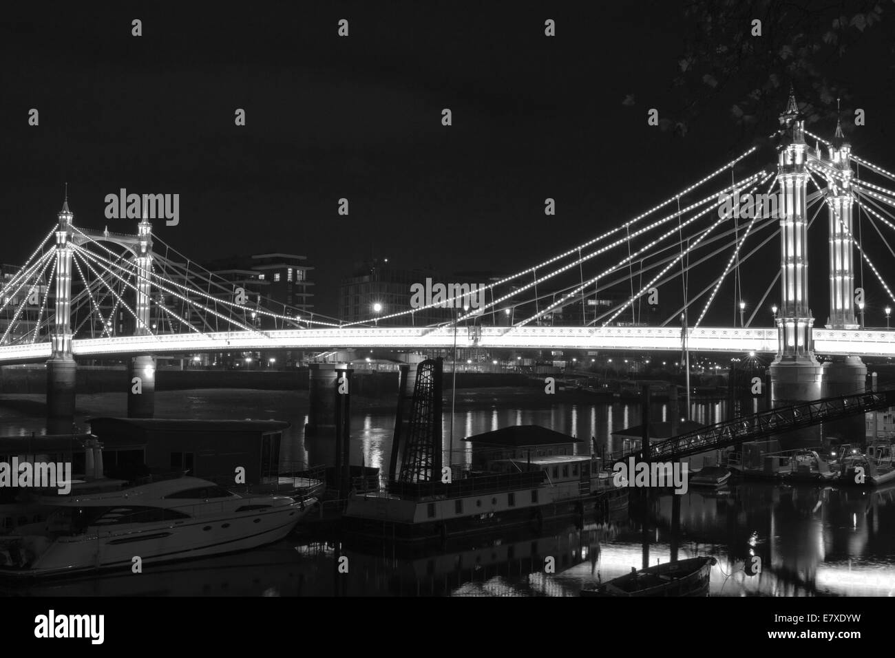 Black & White image of Albert Bridge in London, England. - Stock Image