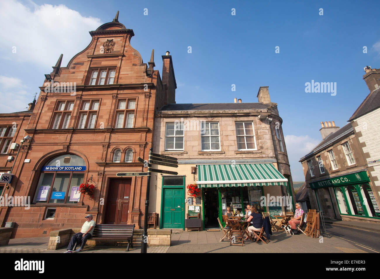 Market Square, Melrose pretty market town in the Scottish Borders, Roxburghshire, Scotland, United Kingdom - Stock Image