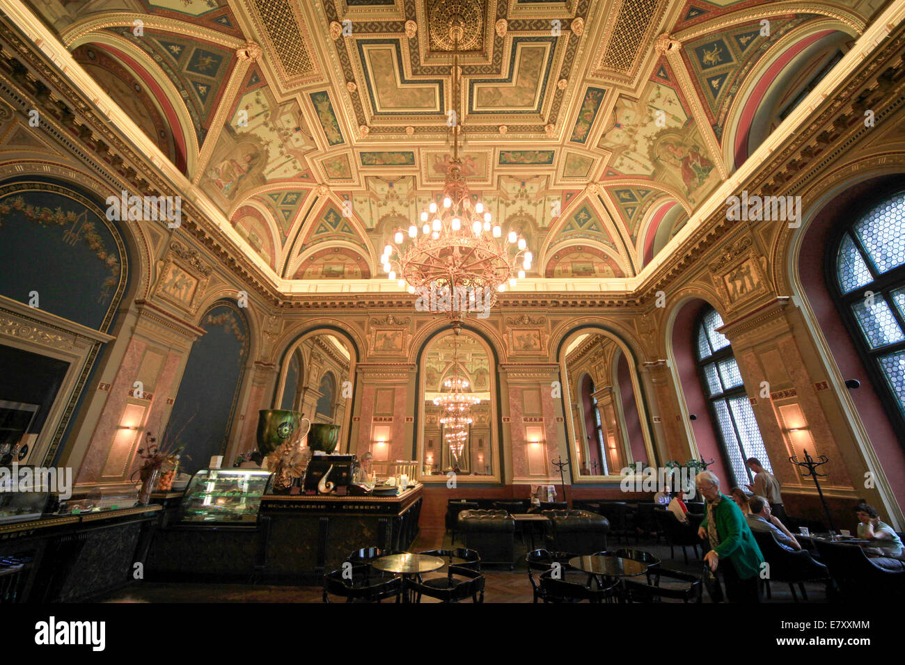 Ornate ceiling of the bookstore cafe, Budapest, Hungary - Stock Image