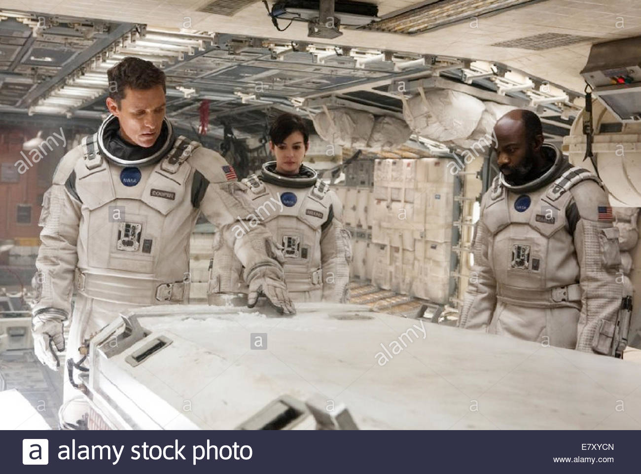 INTERSTELLAR 2014 Paramount Pictures film with from left: Matthew McConaughey, Anne Hathaway and David Oyelowo - Stock Image