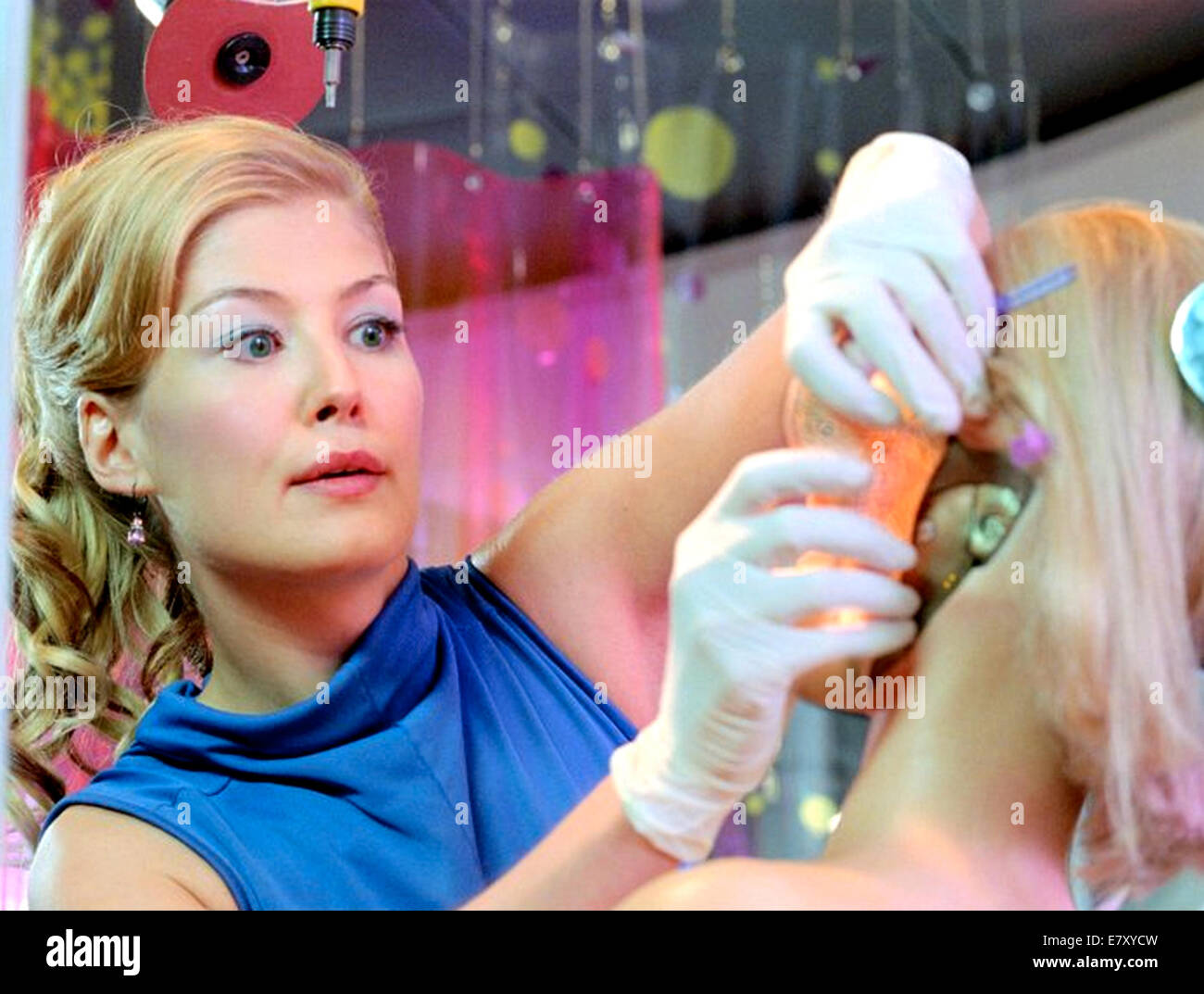 SURROGATES 2009 Touchstone Pictures film with Rosamund Pike - Stock Image