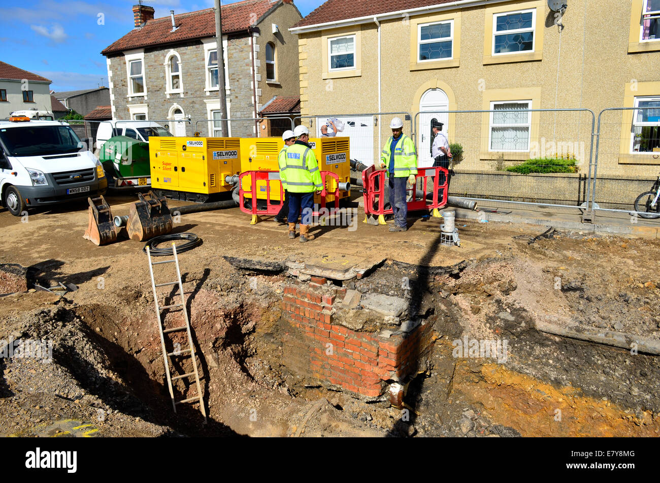 Bristol, UK. 26th Sep, 2014. Major Incident last night when a Water Mains blew up in a street in the South Gloucestershire - Stock Image