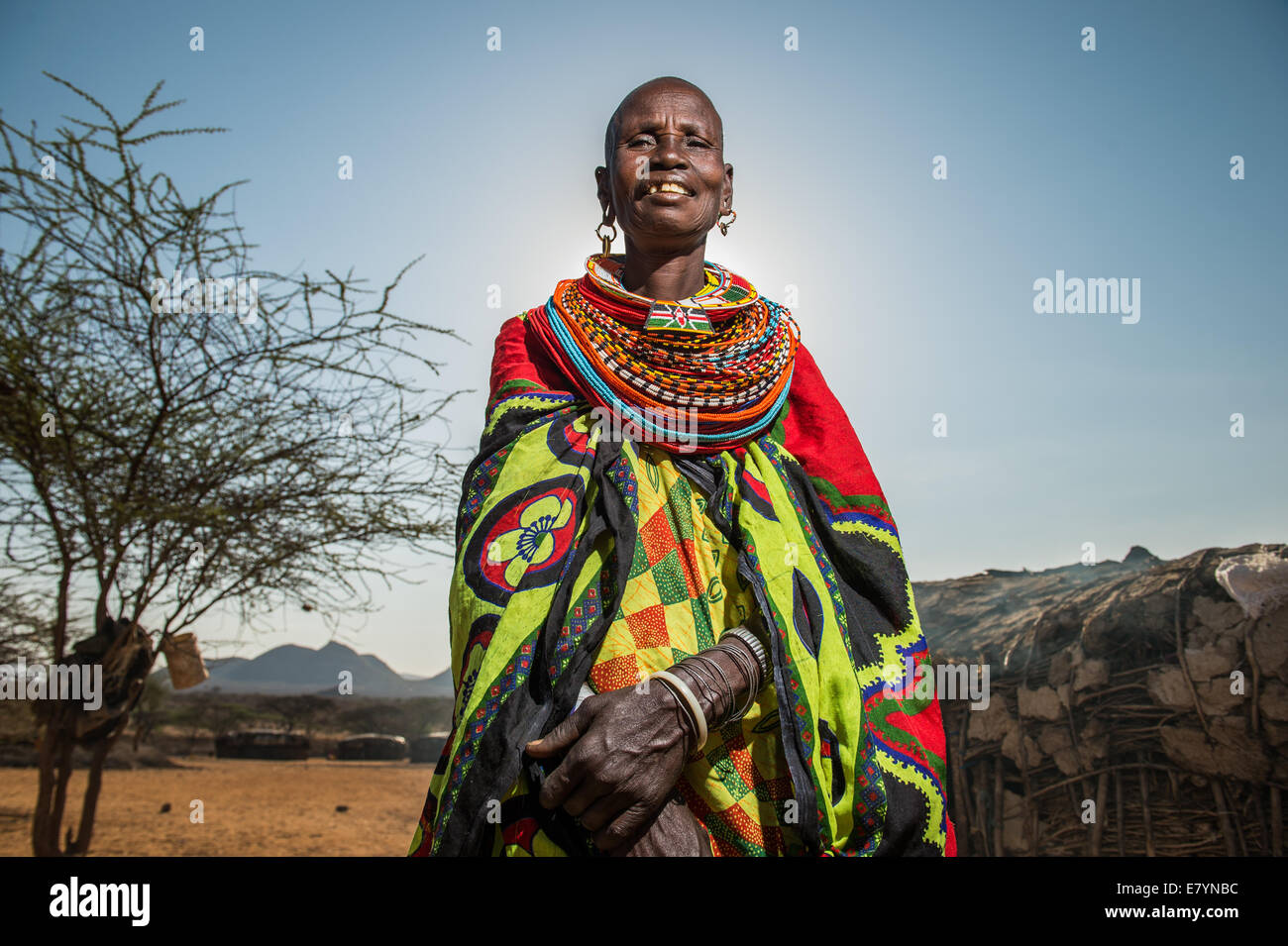 Samburu women make beaded products in West Gate Conservancy.  One of NRT's main focuses is to help communities diversify - Stock Image