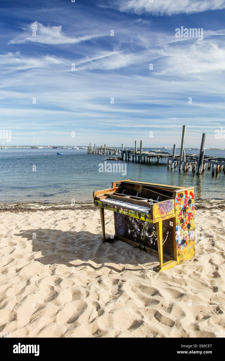 Superior Cape Cod September Part - 9: PROVINCETOWN-SEPTEMBER 14: Old Painted Piano On Beach In Provincetown In Cape  Cod , Massachusetts, USA On September 14, 2014.