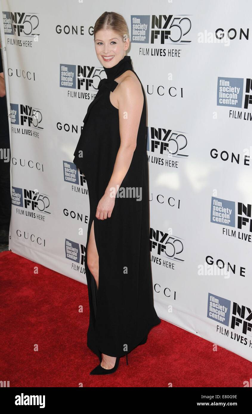 New York, NY, USA. 26th Sep, 2014. Rosamund Pike at arrivals for GONE GIRL World Premiere and Opening Night Gala - Stock Image