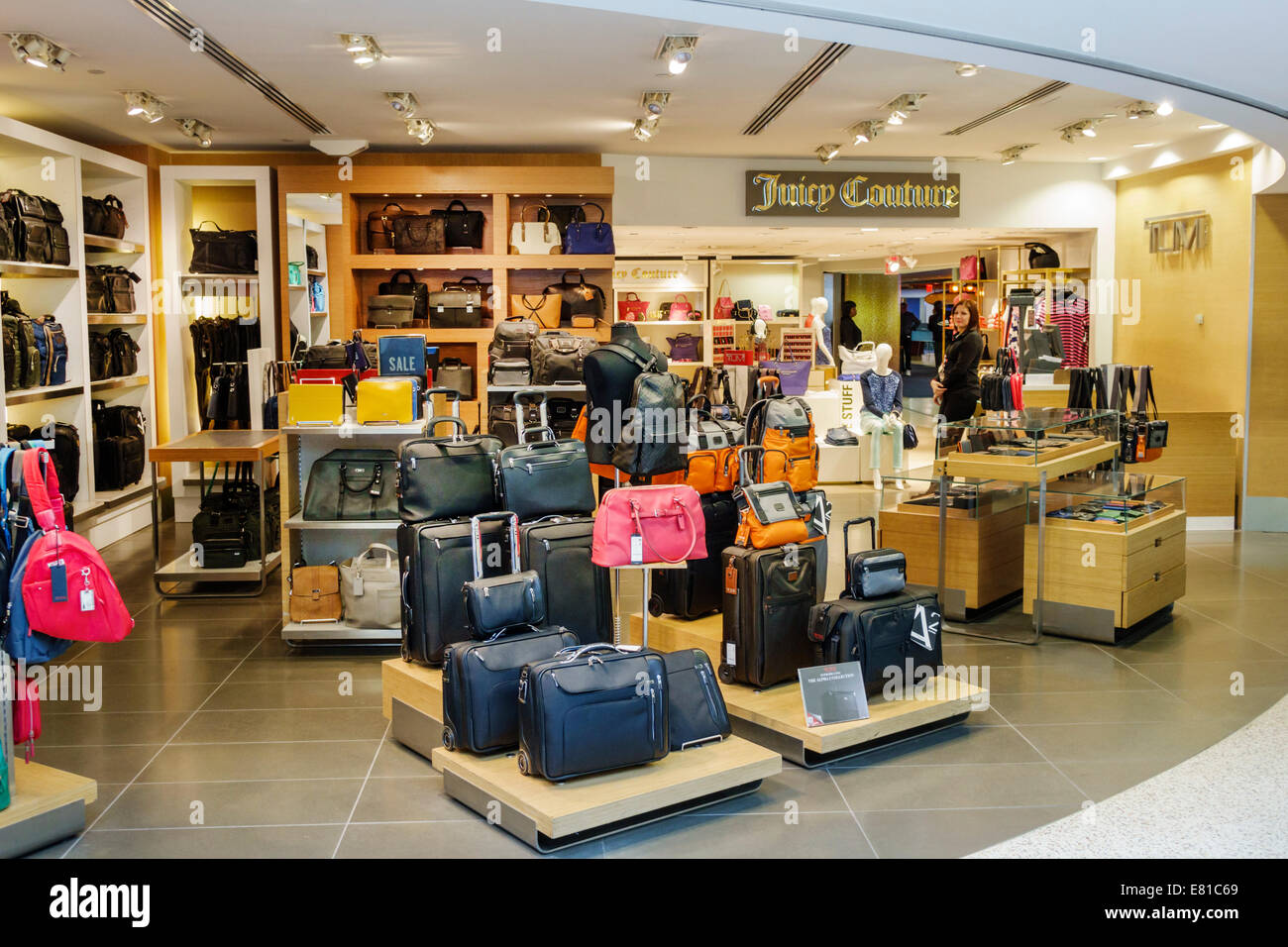 New York New York John F. Kennedy International Airport JFK terminal concourse gate area shopping Juicy Couture - Stock Image