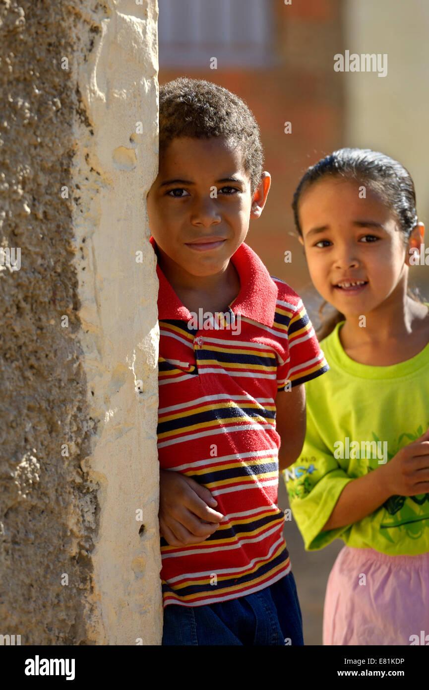 Boy and girl, Ponta da Serra, Crato, State of Ceará, Brazil Stock Photo