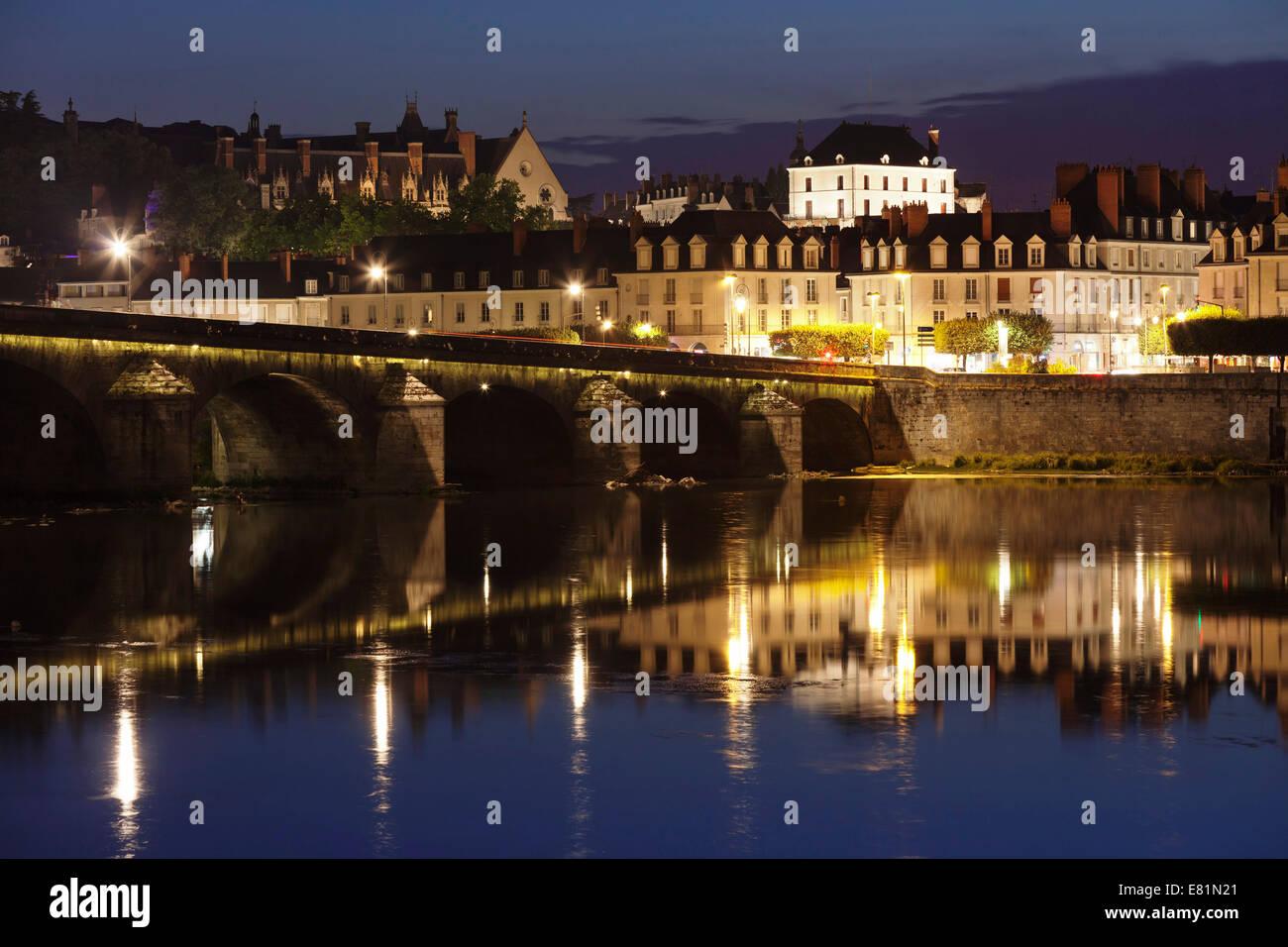 Loire bridge Pont Jacques Gabriel, Blois, Loir et Cher, France - Stock Image