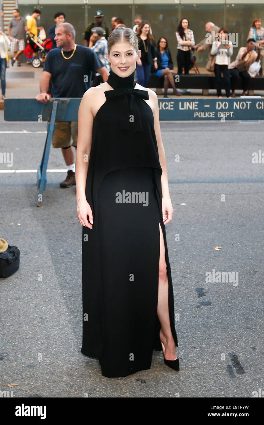NEW YORK-SEP 26: Actress Rosamund Pike attends the world premiere of 'Gone Girl' at the 52nd New York Film - Stock Image