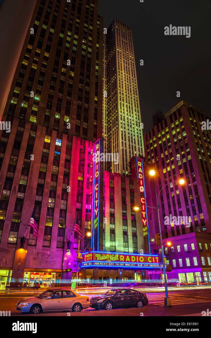 Radio City Music Hall at night. Sixth Avenue, Avenue of the Americas - New York. - Stock Image