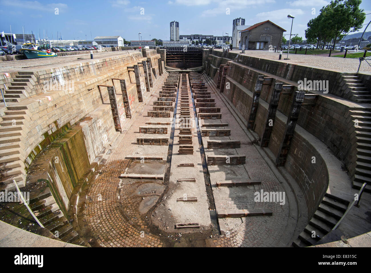 Empty dry dock in the port of Cherbourg, Lower Normandy, France - Stock Image