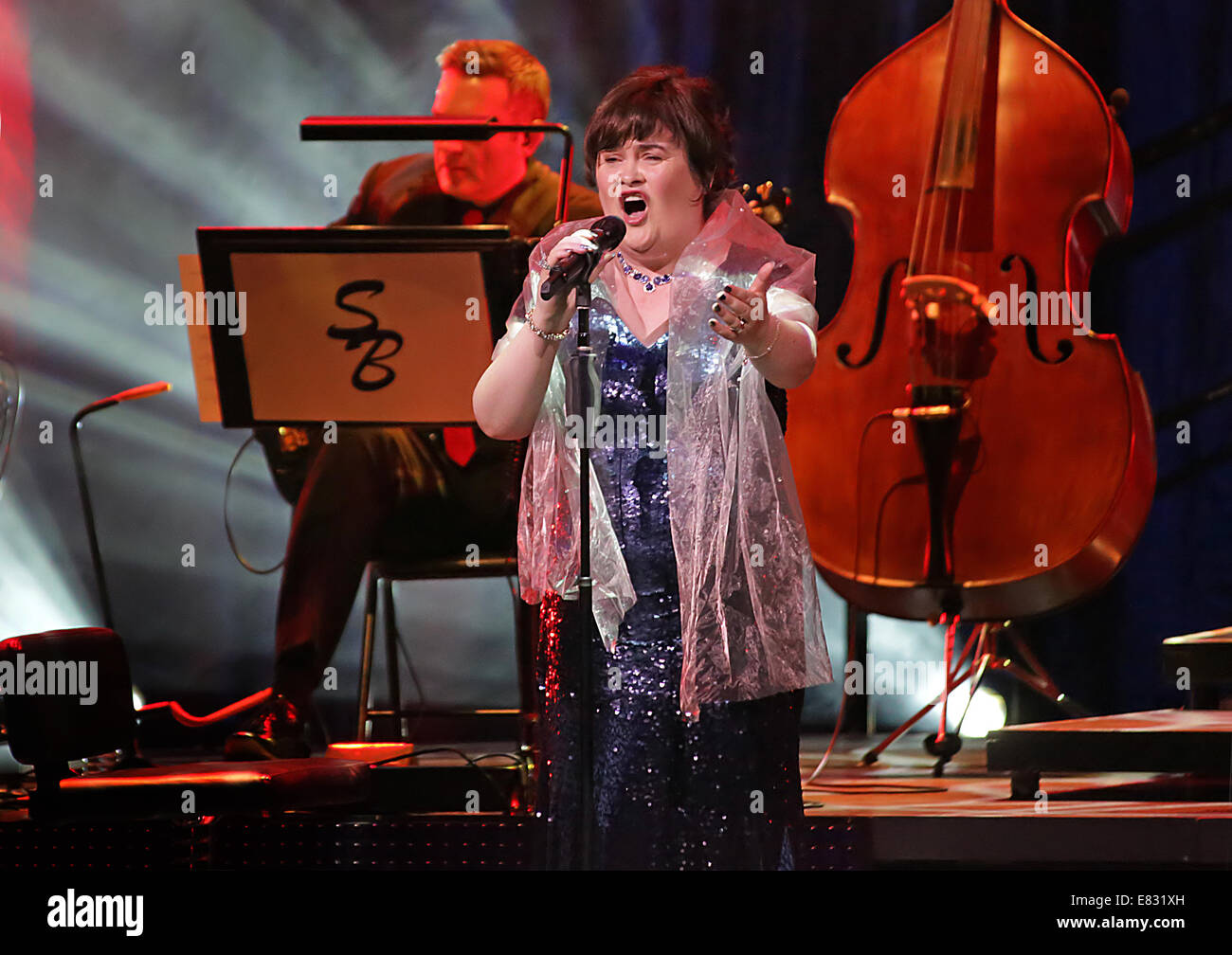 Susan Boyle performing live on stage at Manchester Bridgewater Hall  Featuring: Susan Boyle Where: Manchester, United - Stock Image