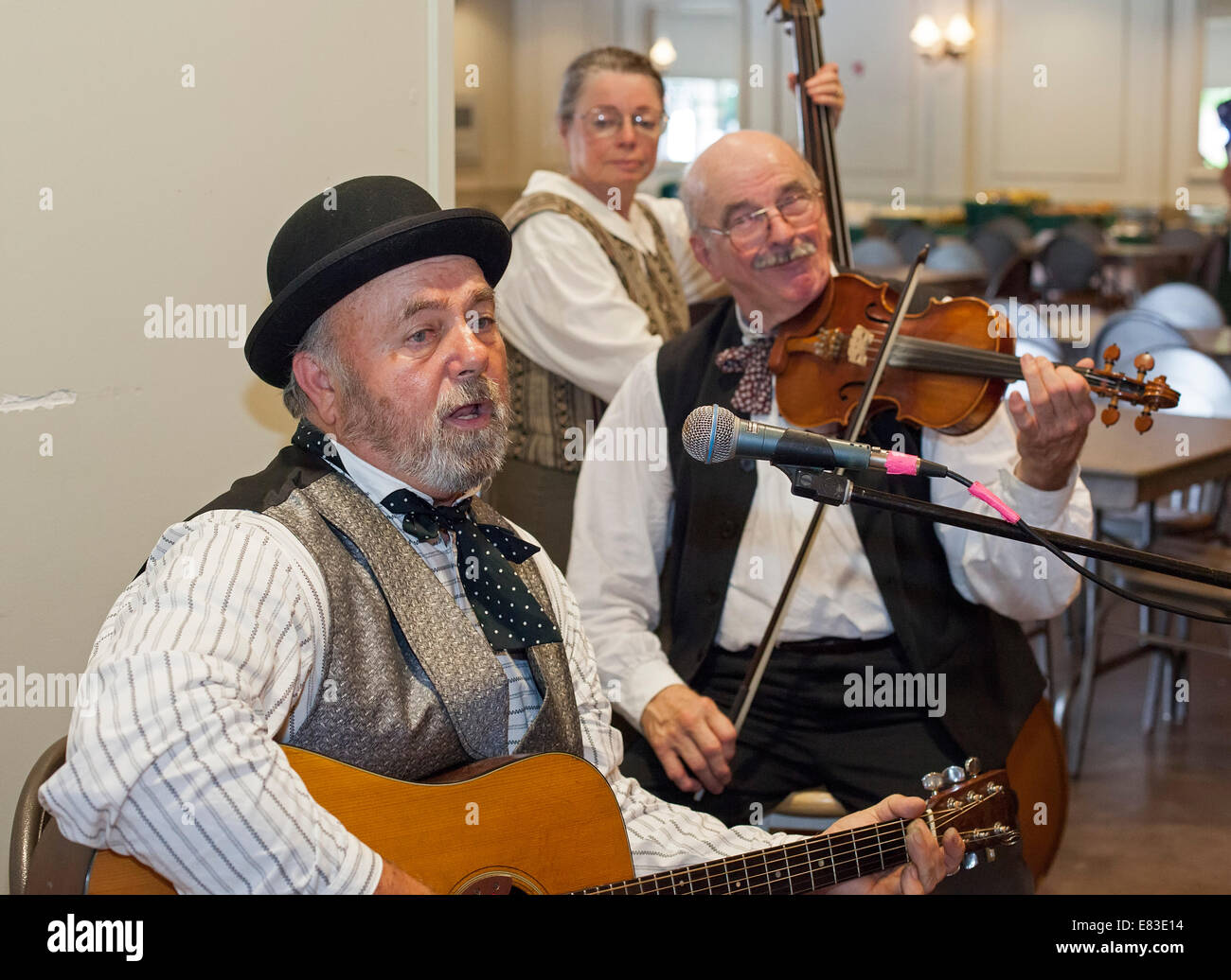 Dearborn, Michigan - The Picks & Sticks String Band plays at Greenfield Village. - Stock Image