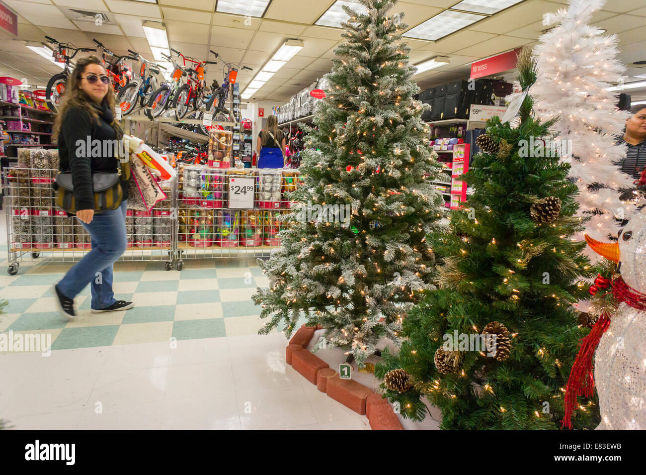 Kmart Store Display Stock Photos & Kmart Store Display Stock Images ...
