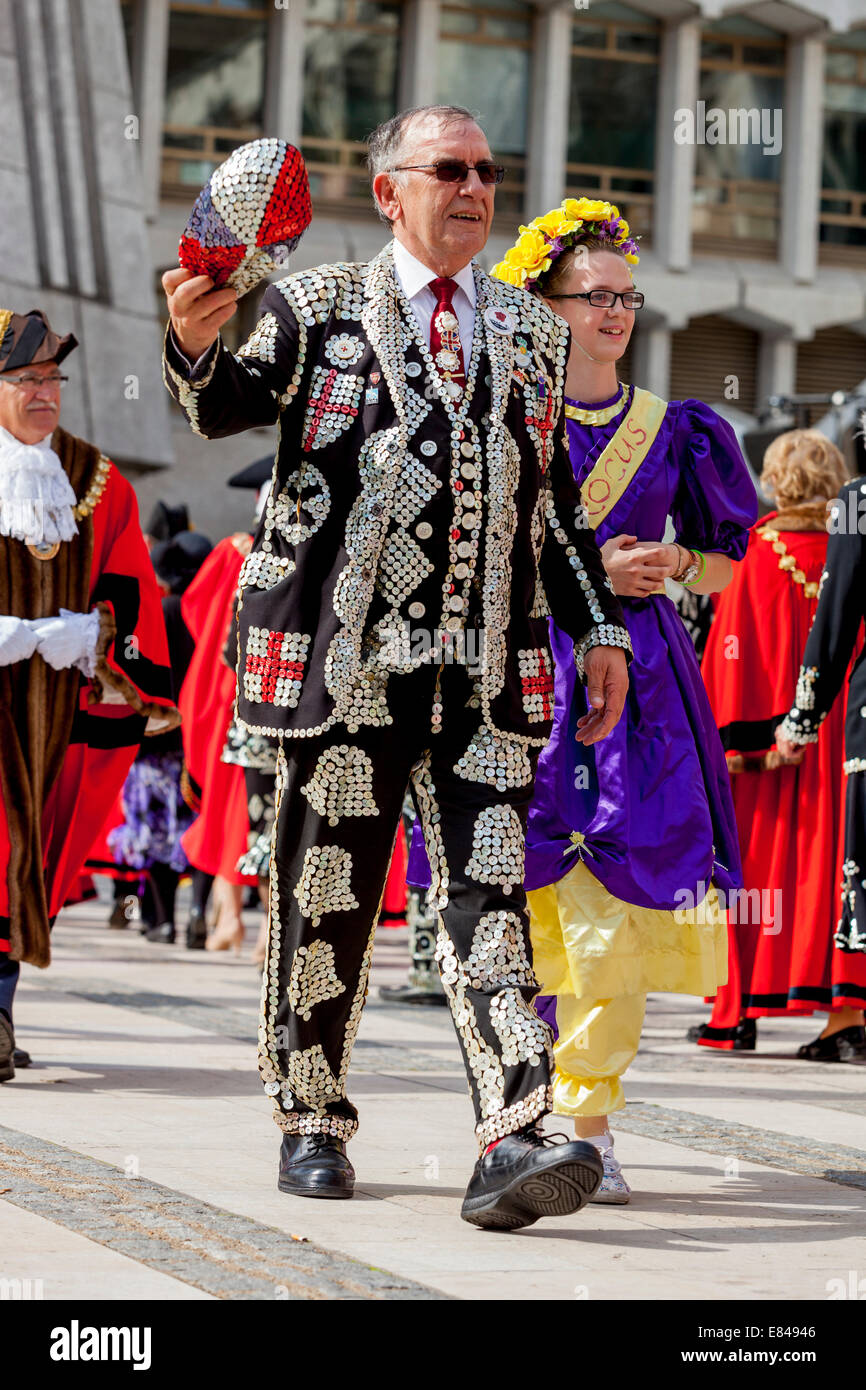 The London Pearly Kings & Queens Society Costermongers Harvest Festival, London, England - Stock Image