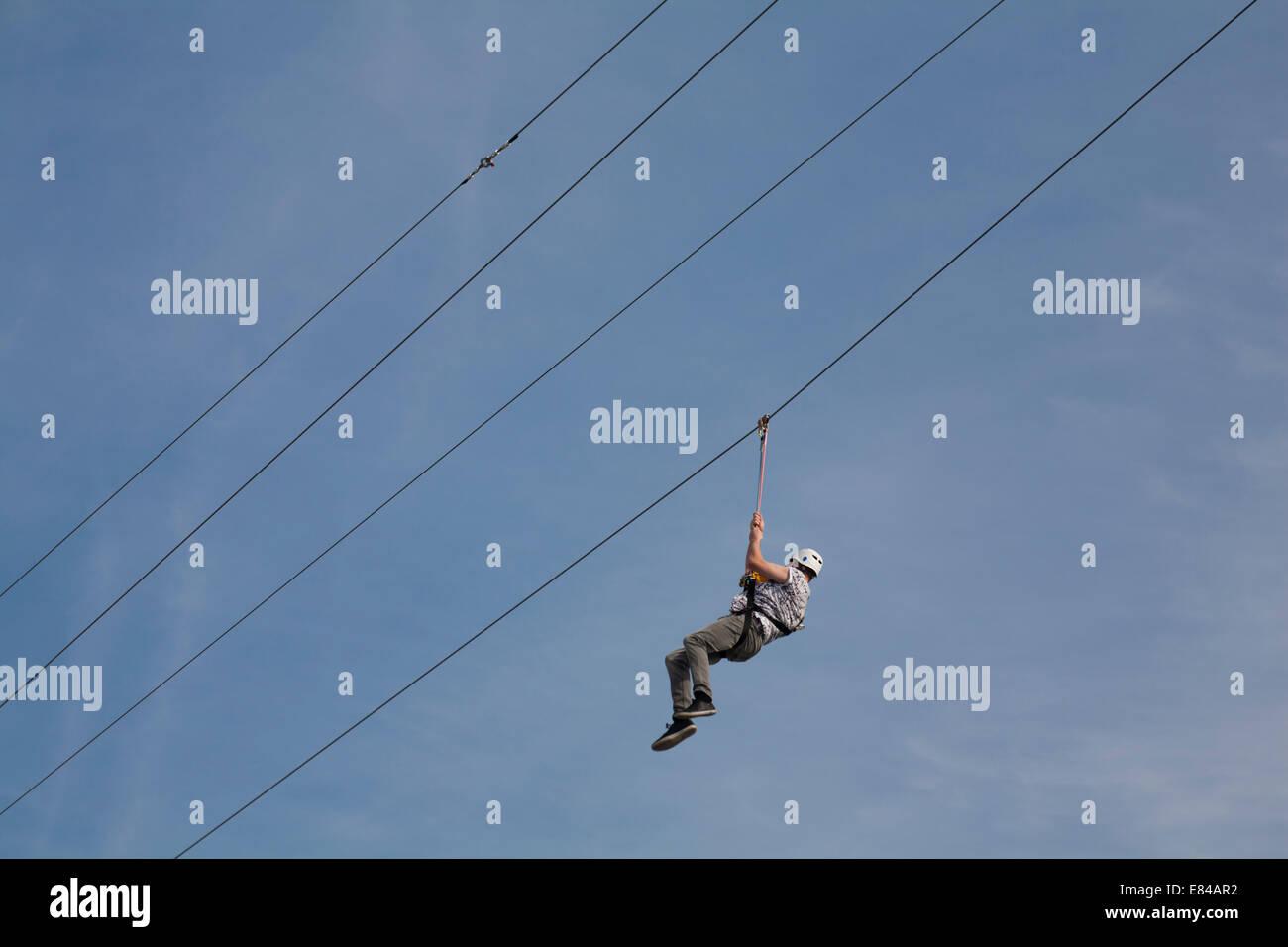 Zipline Tower Stock Photos & Zipline Tower Stock Images - Alamy