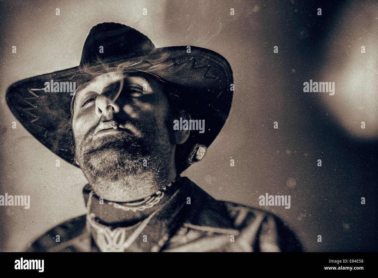 0d4a6a2203c Old West Outlaw Stock Photos   Old West Outlaw Stock Images - Alamy