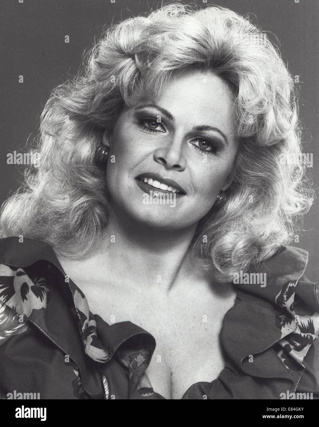 Sally Struthers Nude Photos 13