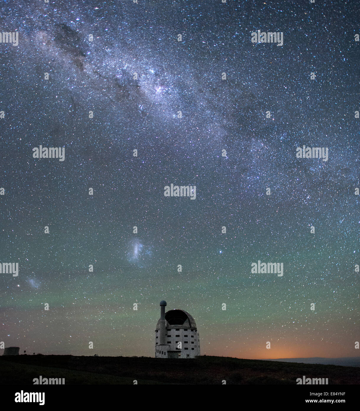 The Milky Way and the SALT (Southern African Large Telescope) in Sutherland, Northern Cape Province, South Africa. - Stock Image