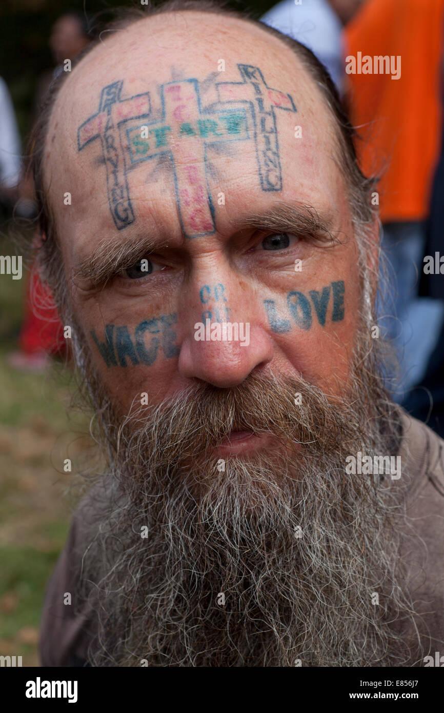 Man with facial tattoo - USA - Stock Image