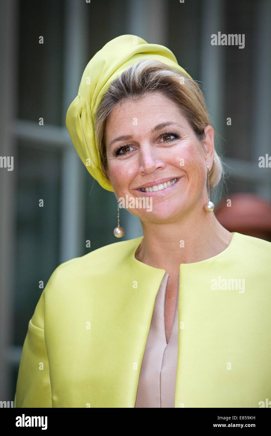 Amsterdam, The Netherlands. 30th Sep, 2014. Queen Maxima of the Netherlands opens the museum Micropia in Amsterdam, - Stock Image
