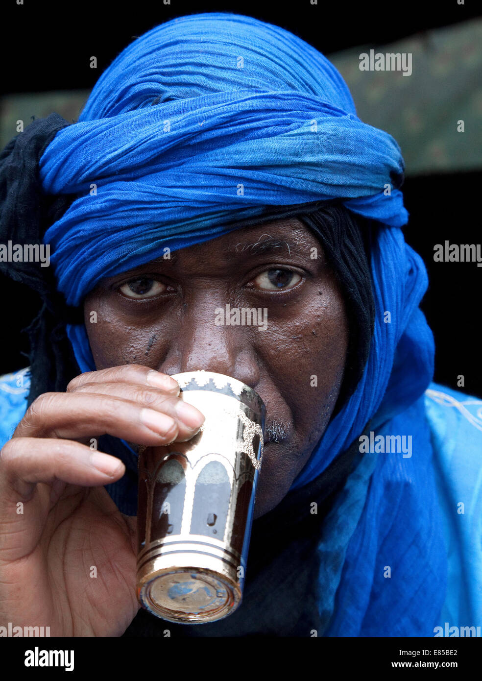African Nomad from Mauritania drinking tea.North Africa - Stock Image