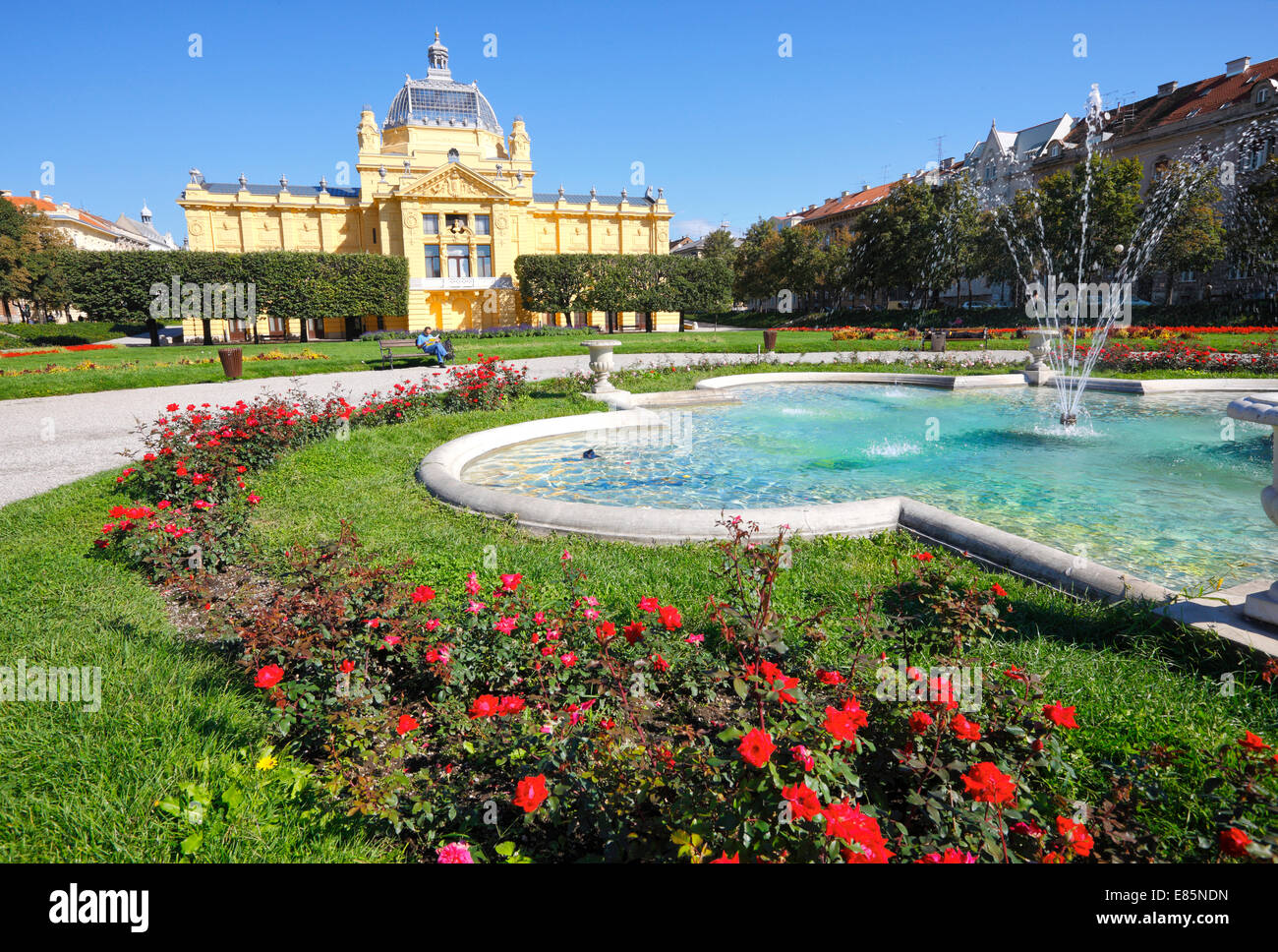 Zagreb art pavilion, exhibition hall with fountain - Stock Image
