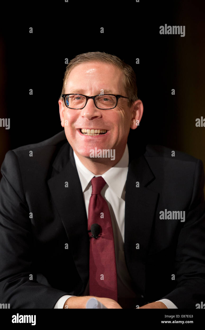 Executive Editor Evan Smith of the Texas Tribune smiles during a discussion about the possible presidential candidates - Stock Image