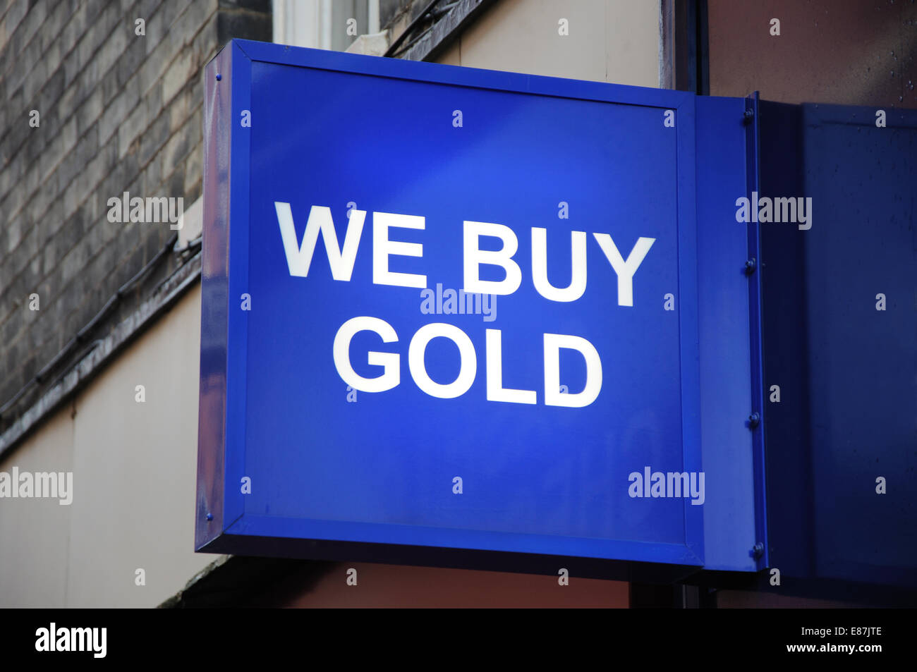 We Buy Gold sign, Leicester, England, UK - Stock Image