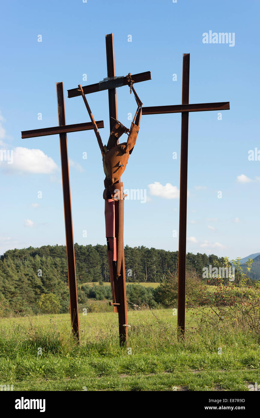 Sculptural group 'Verzweiflung', 'Despair', Jesus dying on the cross, art project 'Path of Hope', - Stock Image