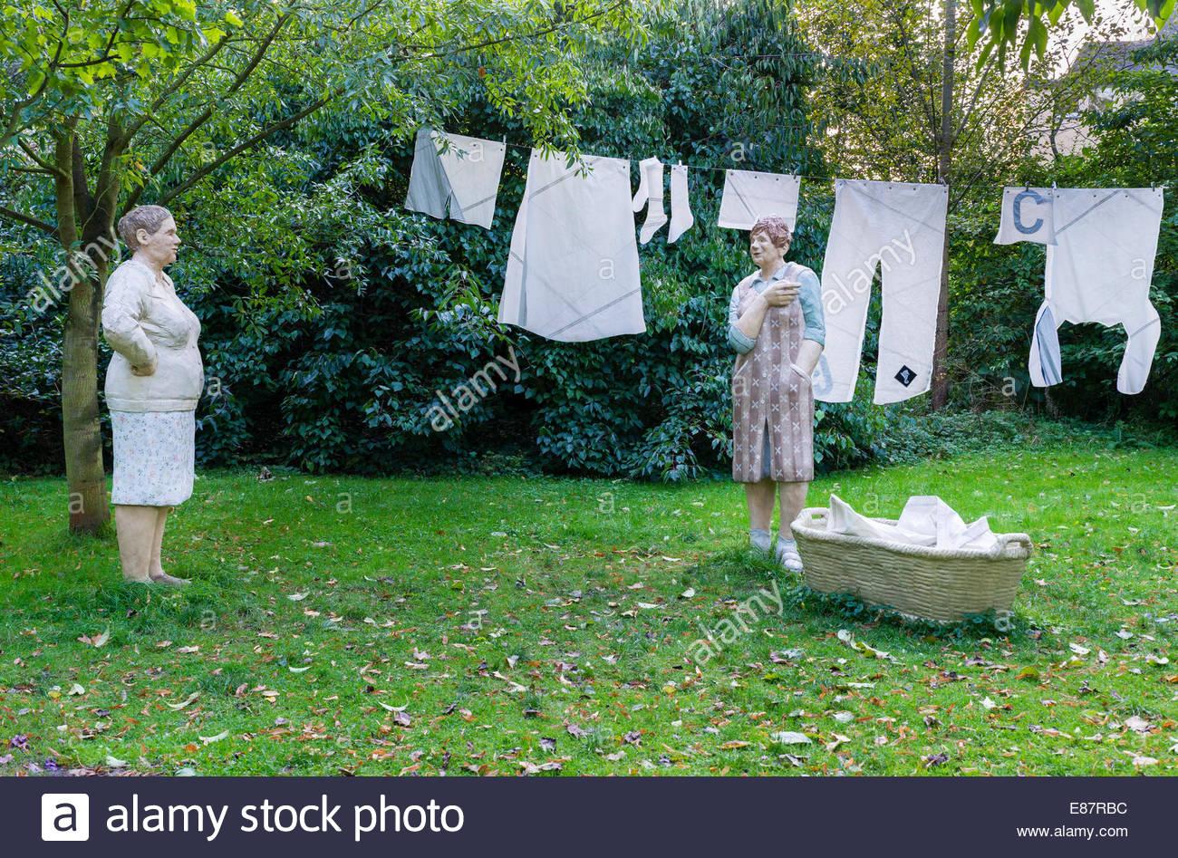 Hanging Laundry Stock Photos & Hanging Laundry Stock Images - Alamy