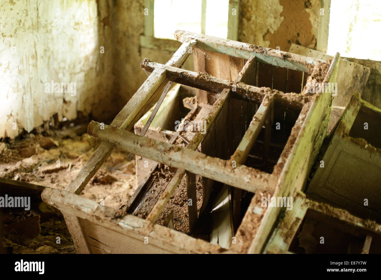 The decayed house 28 years after Chernobyl Disaster. Belarus, the most polluted country, is going to build its first - Stock Image