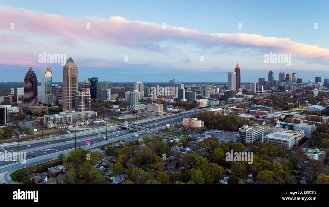 Elevated view over Interstate 85 passing the Atlanta skyline, Atlanta, Georgia, United States of America, North - Stock Image