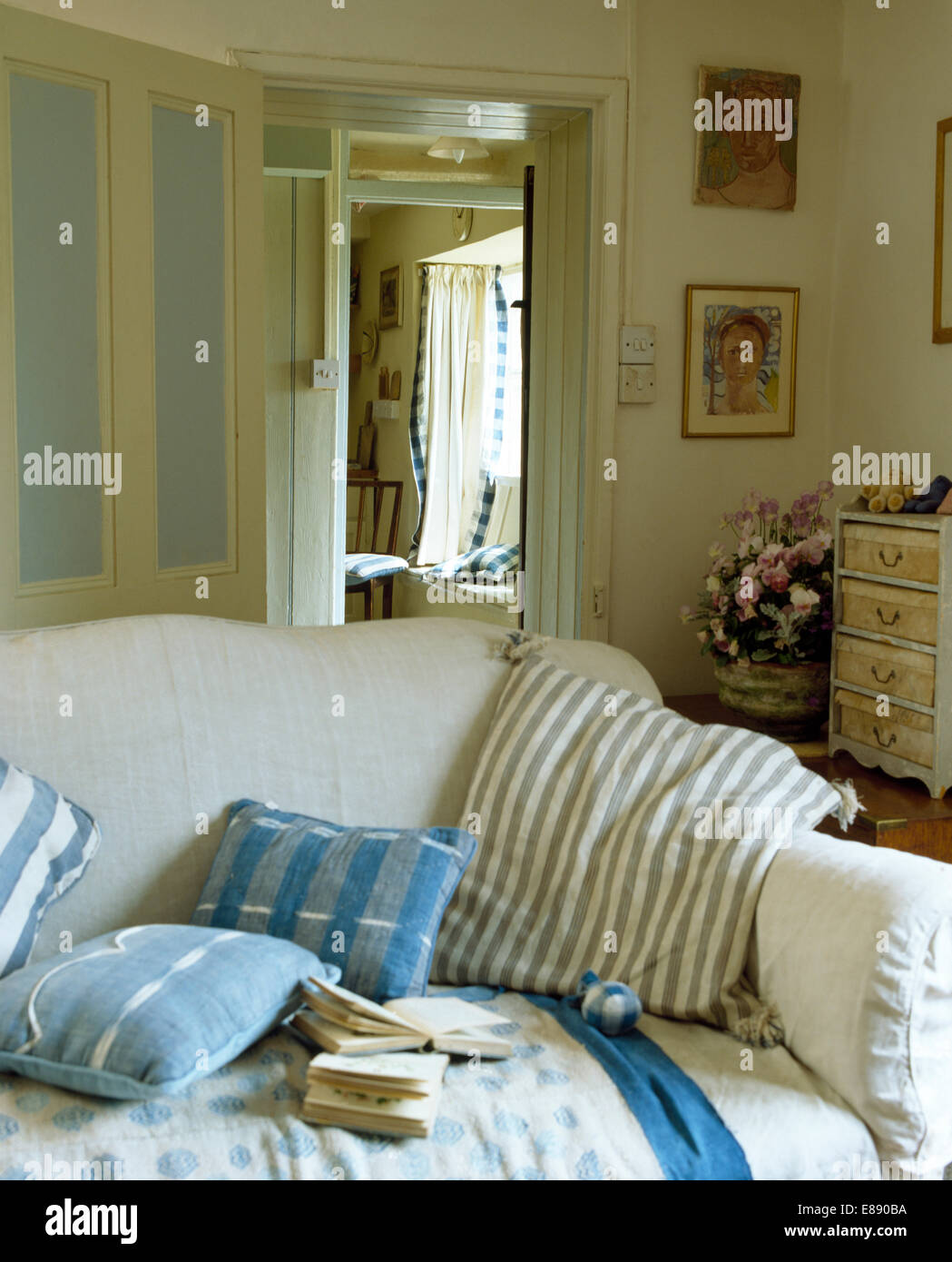 Blue Cushions On White Sofa In Cottage Living Room   Stock Image