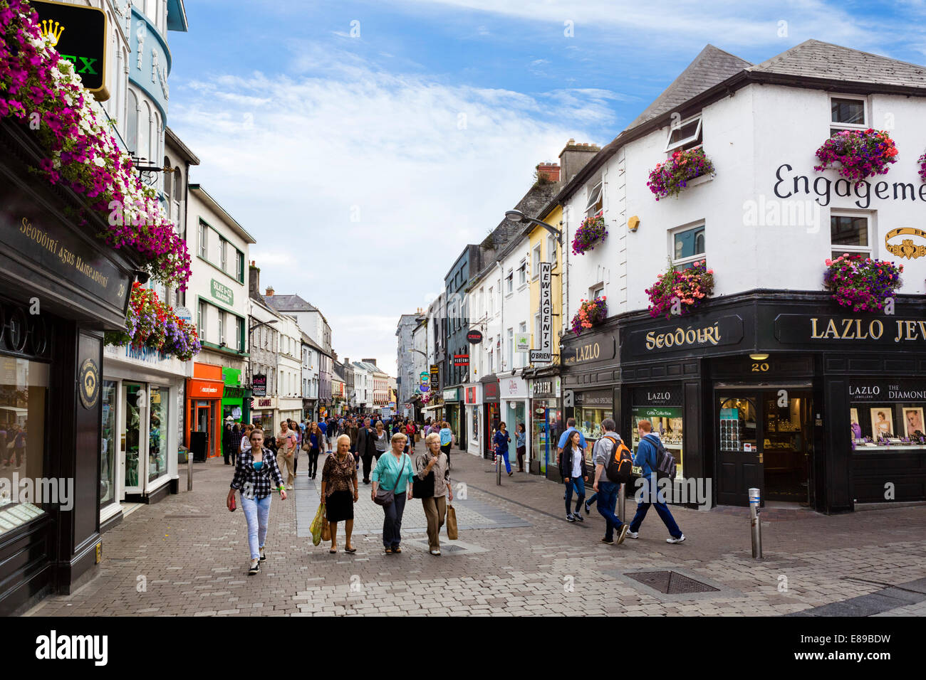 William Street in Galway City Latin Quarter, County Galway, Republic of Ireland - Stock Image