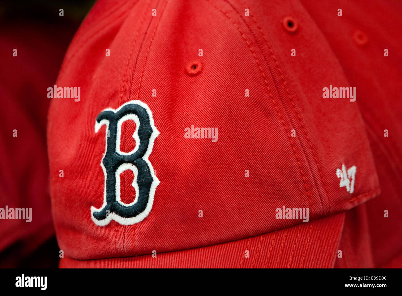 932a3f7fff2 Boston Red Sox Stock Photos   Boston Red Sox Stock Images - Alamy
