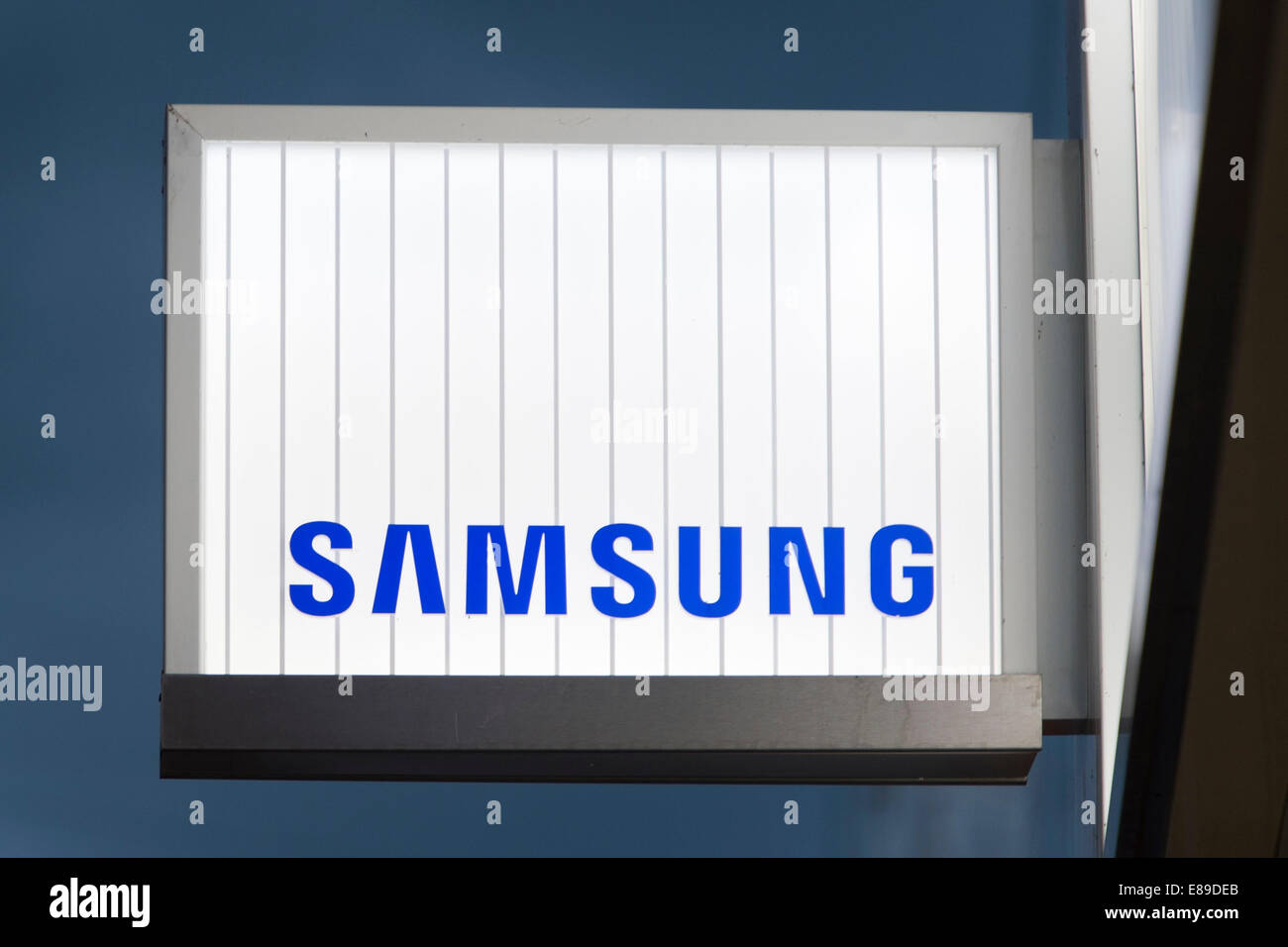 A Samsung electronics retail store sign. - Stock Image