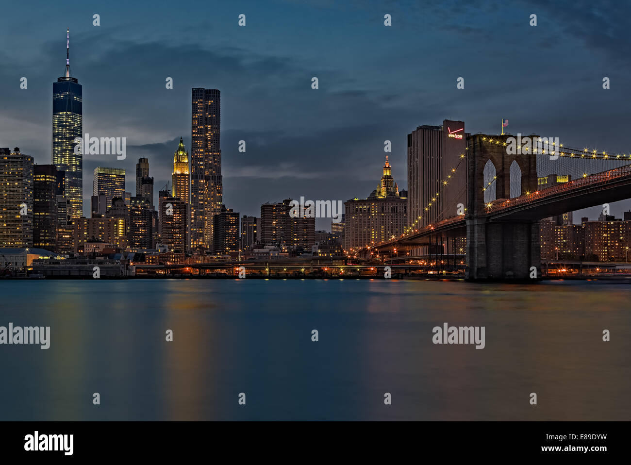 A view to the midtown Manhattan, New York City skyline during twilight. - Stock Image