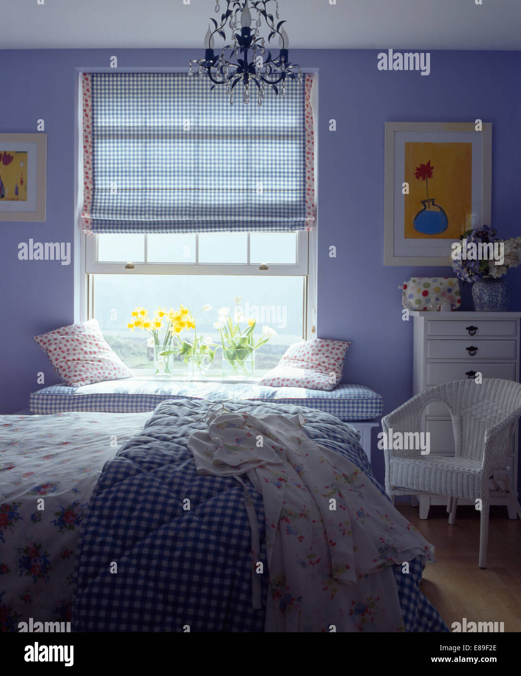 Groovy Blue Checked Blind On Window In Mauve Bedroom With White Spiritservingveterans Wood Chair Design Ideas Spiritservingveteransorg